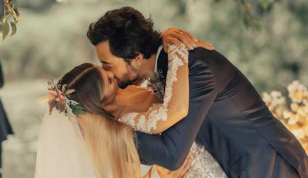 Branca Feres e Gustavo Frota se casam no Rio de Janeiro