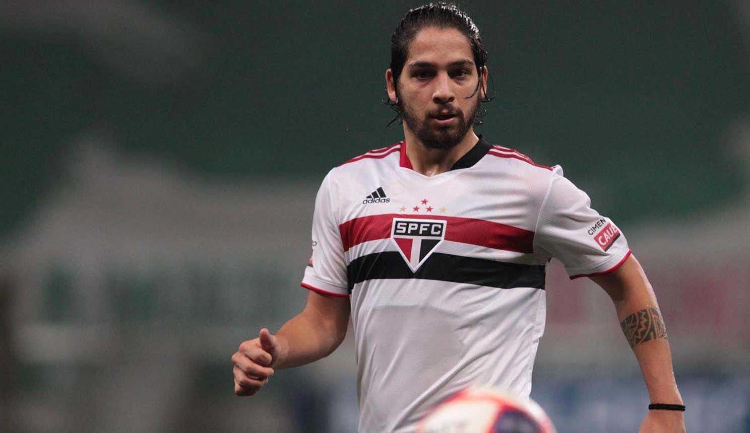 Segundo empresário Benítez não permanecerá no São Paulo se não for usado por Crespo