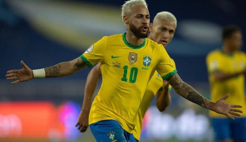 Neymar precisou explicar polêmica sobre se aposentar da seleção ao PSG