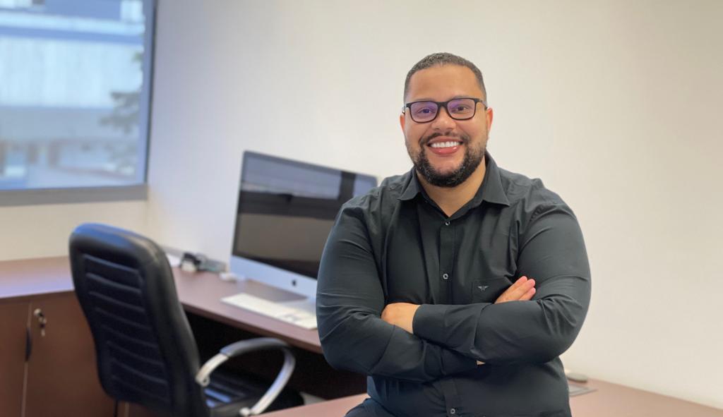 """""""Rodrigo Mendes: De officeboy a empresário de sucesso"""""""