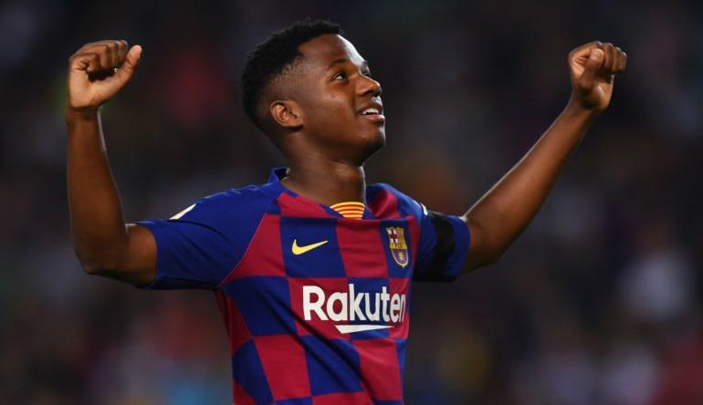 Com 18 anos de idade, Ansu Fati supera Messi em número de gols no Barcelona
