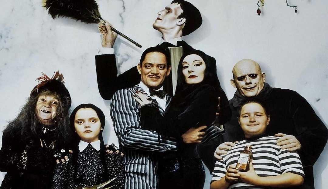 A Família Addams: Tim Burton está produzindo nova série da família mais atemporal que conhecemos