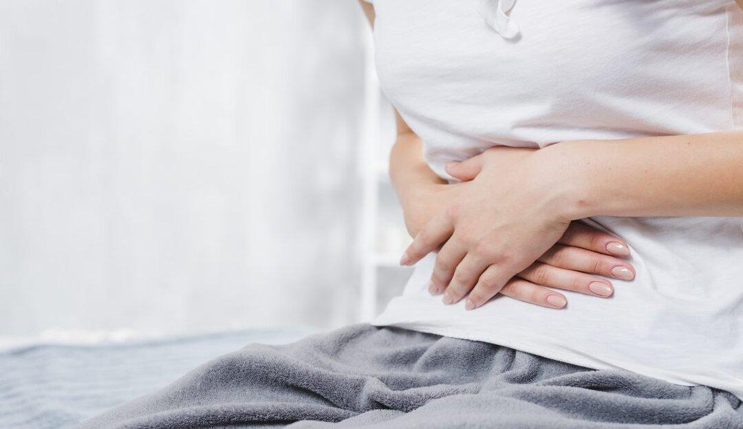 Gastrite: Covid-19 e bebida alcoólica podem agravar a doença