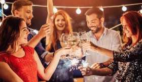 Cuidados com os exageros ao consumo de bebidas alcoólicas nas festas de fim de ano