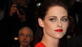 Primeira foto de Kristen Stewart como Lady Di para o filme 'Spencer' é revelada