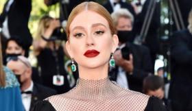 Após ter ido ao Festival de Cannes, Marina Ruy Barbosa rebateu as críticas e a alfinetada de Samantha Schmütz